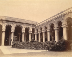 Courtyard and arcades in Trimul Naik's Palace, Madurai